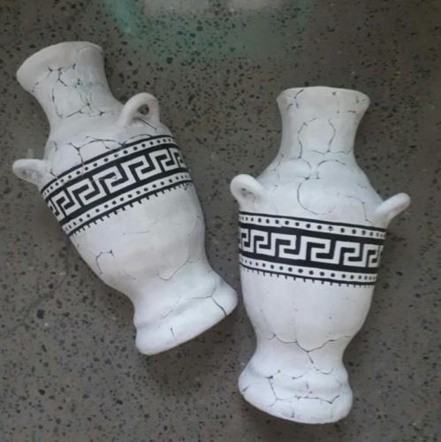 Декоративные полувазы в греческом стиле