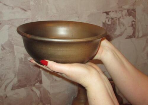 Глиняная чаша