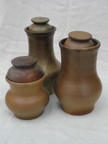 Глиняные крынки
