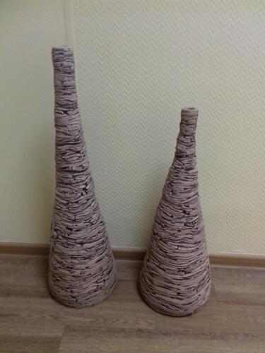 Вазы керамические, высота 65 и 80 см.