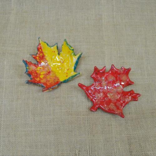 Кленовые листья